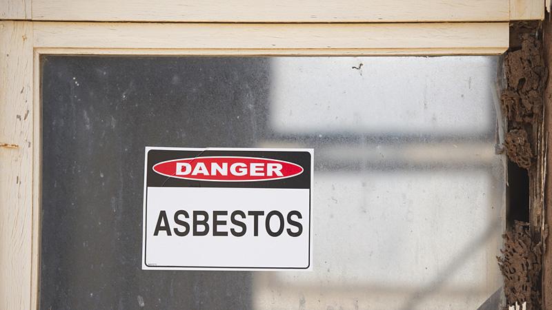 dangerasbestos_800x450_01
